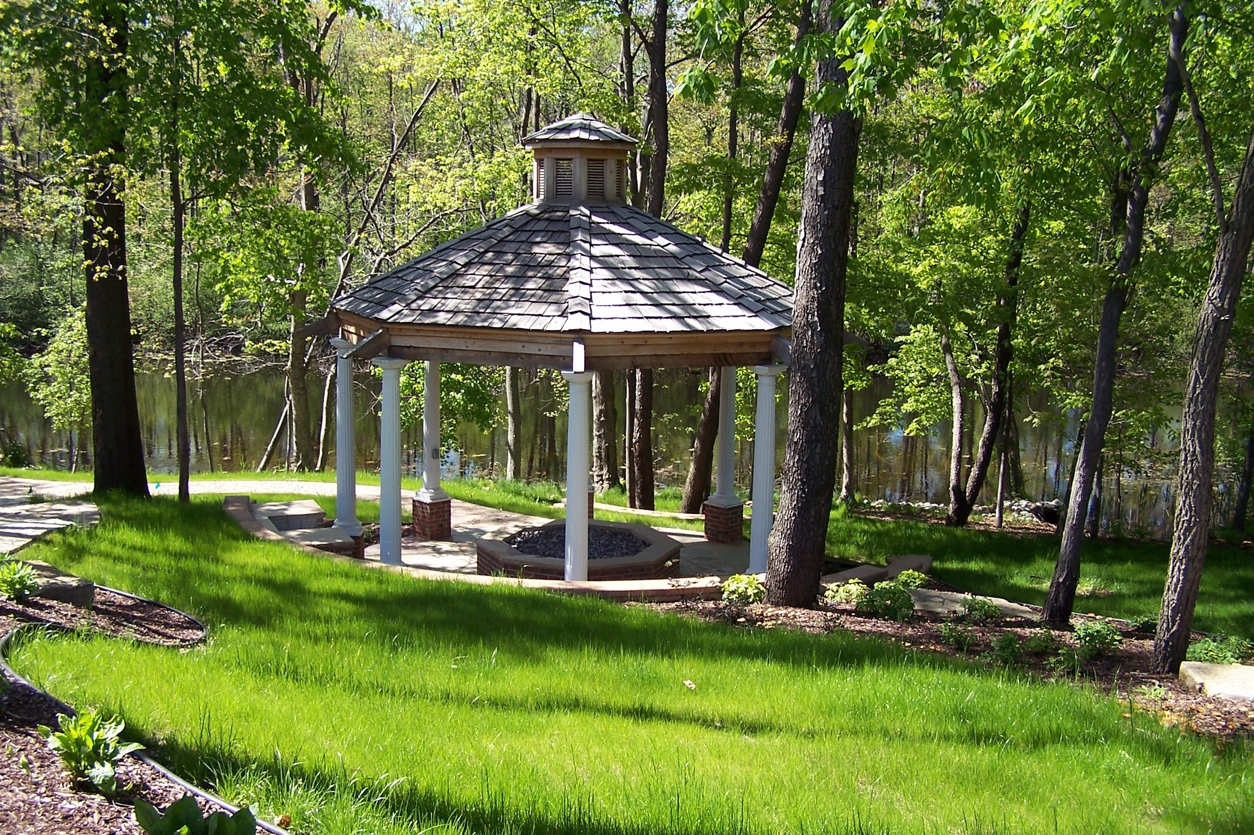 southeastern michigan gazebos pavilions custom timber. Black Bedroom Furniture Sets. Home Design Ideas