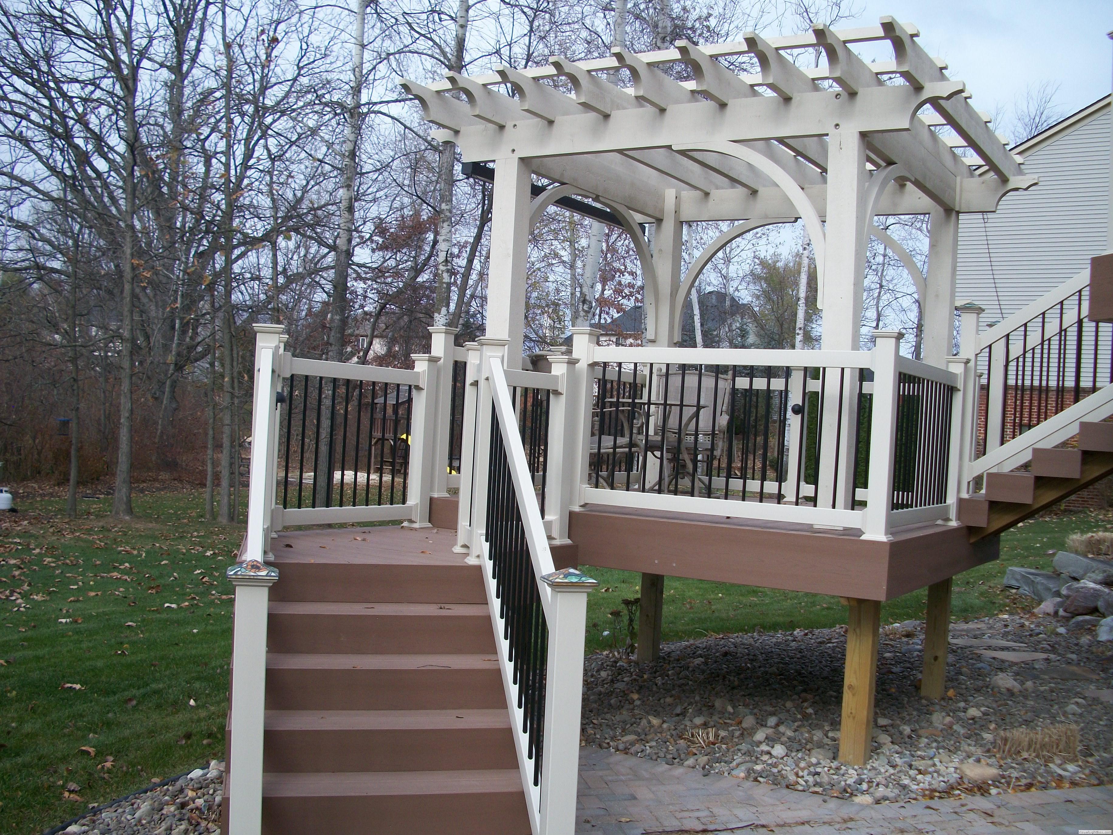 Southeastern Michigan Custom Amp New Decks Photo Gallery By
